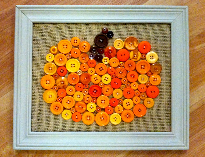 A Button Pumpkin Frame