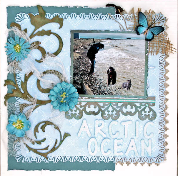 Escape Kitty and Chena at the Arctic Ocean