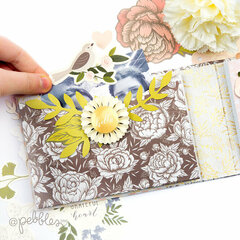 Mini album for spring