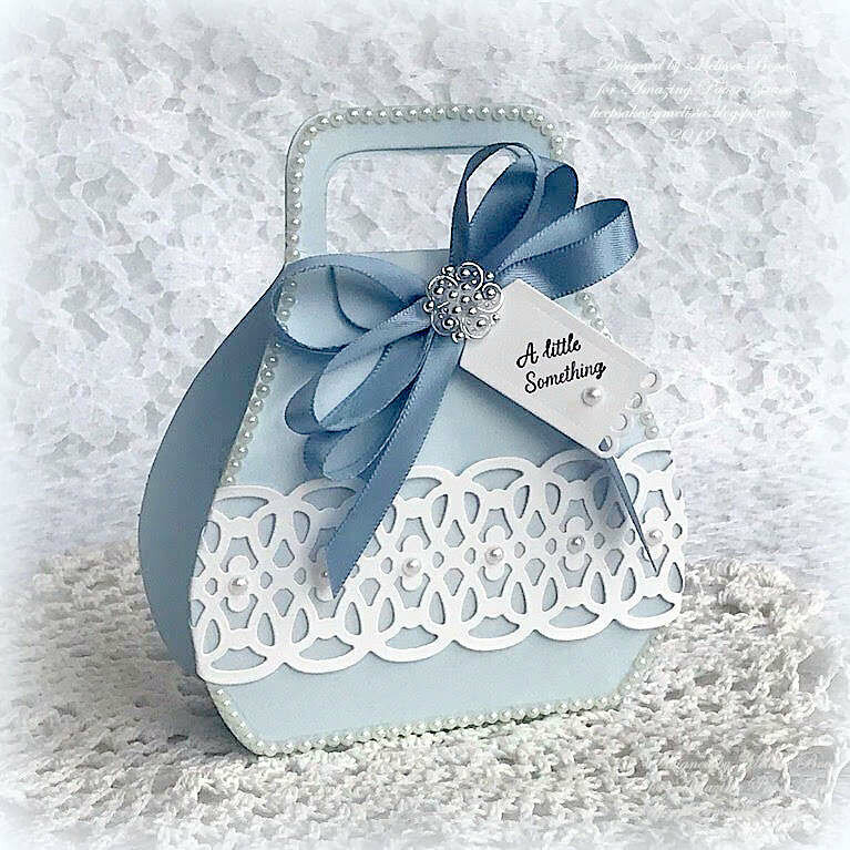 Favorably Simple Gift Box