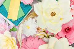 Step-by-Step Paper Flower Decor with David Tutera and Jen Long