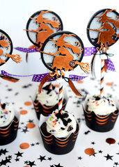 Halloween Shaker Cupcake Toppers