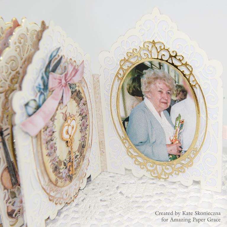 Mini Album - Grand Crested Tower Etched Dies 3D Vignette