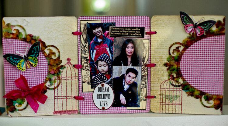 TriFold Cast Acrylic Frame