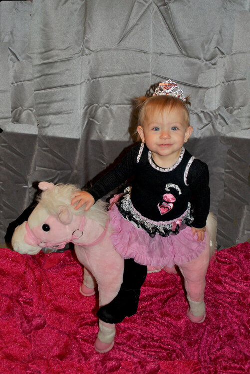"""Bayleigh""""s 1st Birthday pictures"""