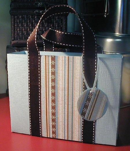 PaperCrafts Gift Bag Album
