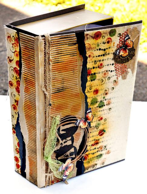 Art Supplies Box - Flying Unicorns