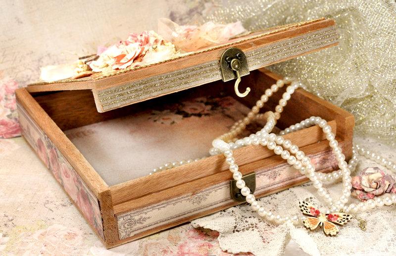 Vintage Cigar Box -Frank Garcia DT