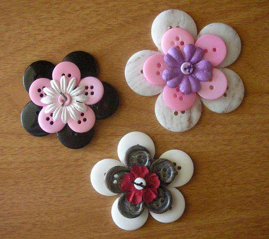 Stacked Flowers - Button