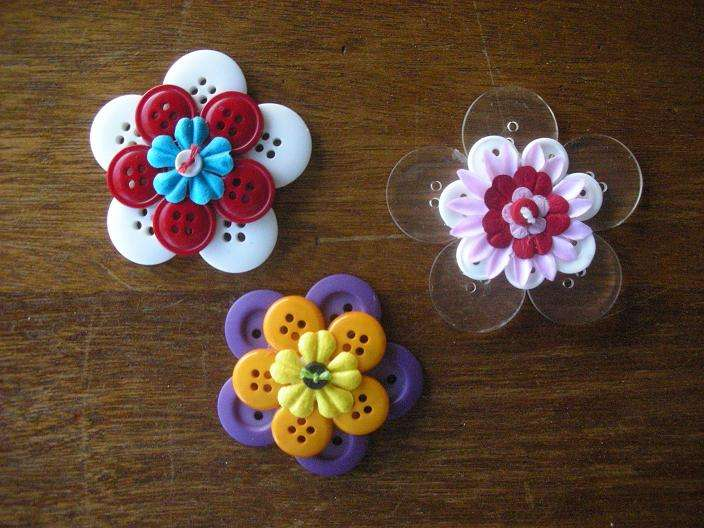 Stacked Flowers - Buttons 3