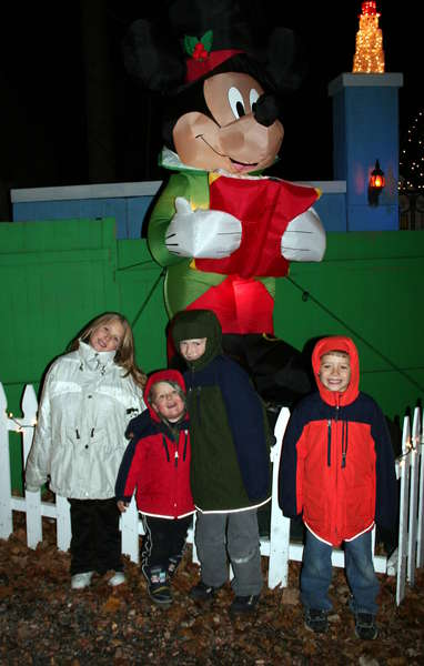 The kids & Mickey Mouse