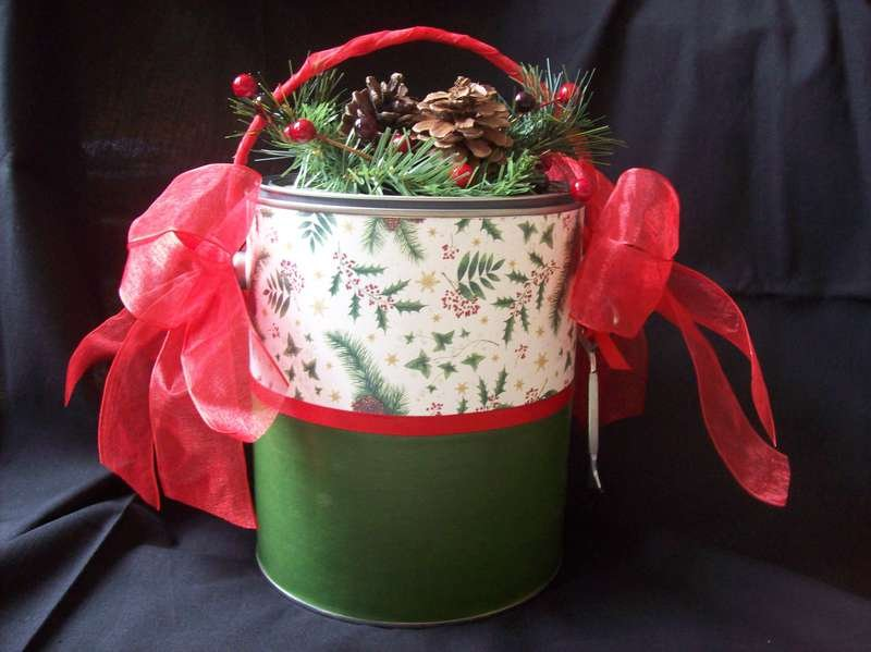 Altered Paint Can - Christmas