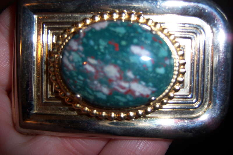 #18 A Buckle {9 points}
