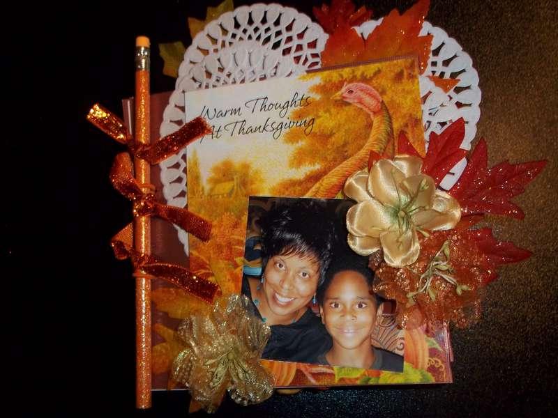 Thanksgiving Pencil Mini Book  **Wescrap**