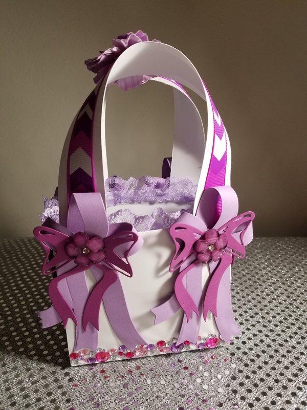 Paper purse by Monique Fox