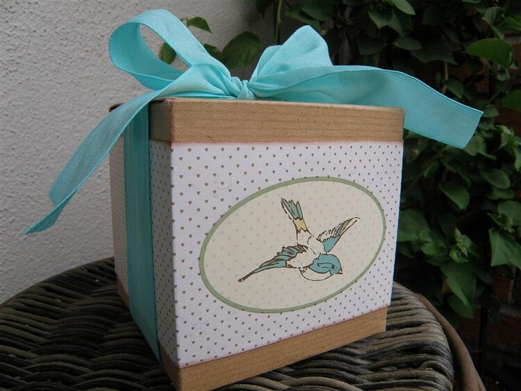 """Bluebird"" upcycled box"