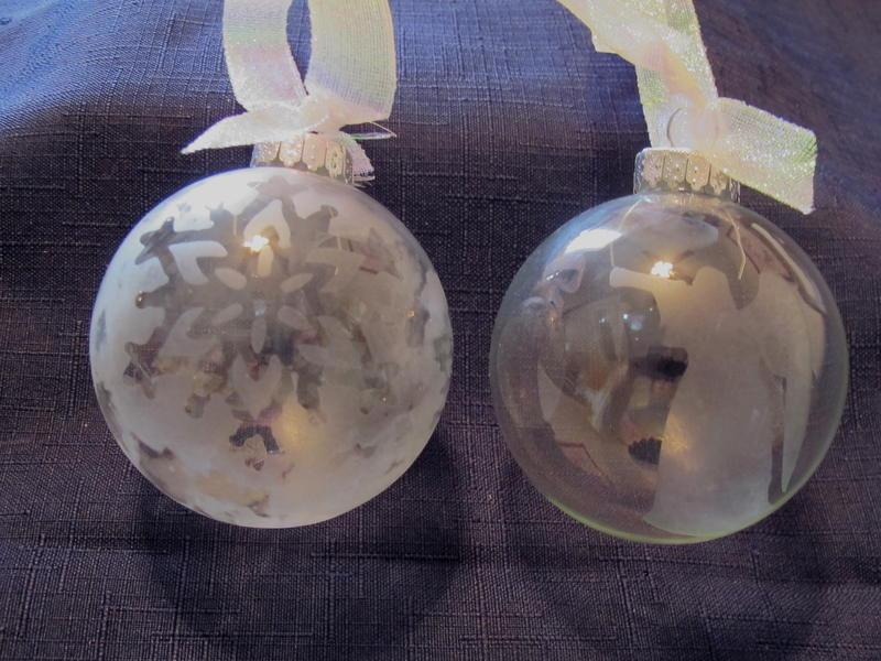 Cricut Challenge Glass Etched Ornaments
