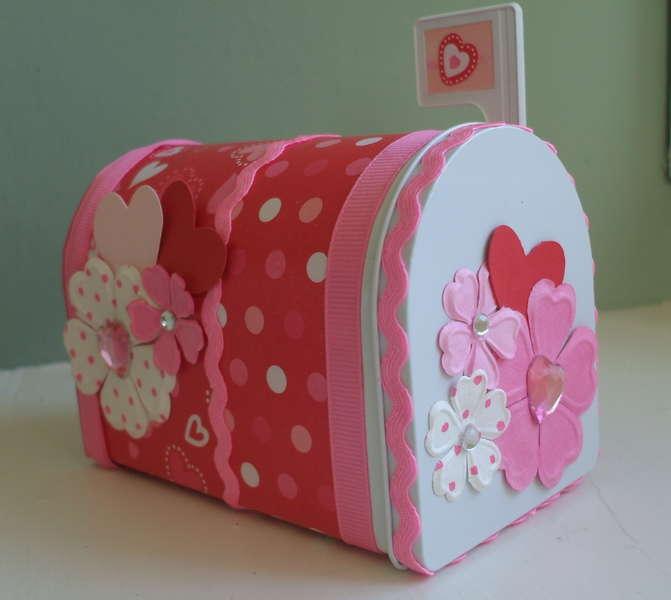 Valentine Altered Mail Box Pic 1