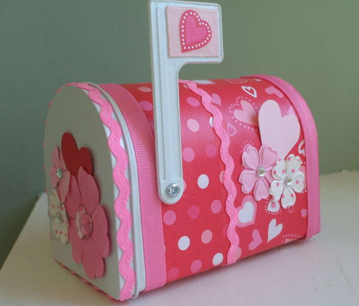 Altered Valentine Mail Box Pic 2