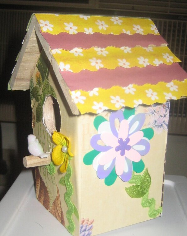 Birdhouse (left side)