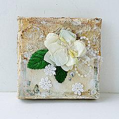 4x4 Canvas by  Yvonne Yam