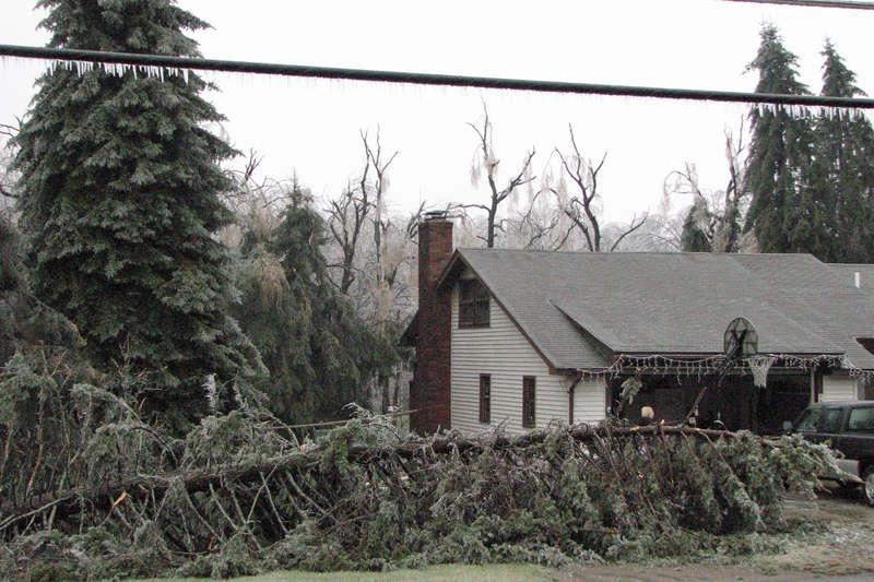 Ice Storm 12/11/08 Neighbor's Across the Street
