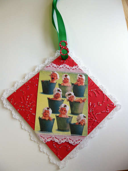 EIGHT MAIDS 9 ORNAMENT