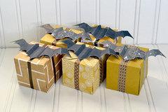*We R* Bat Favor Boxes