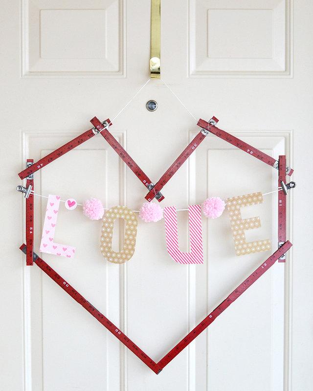 Ruler Studio Heart Frame