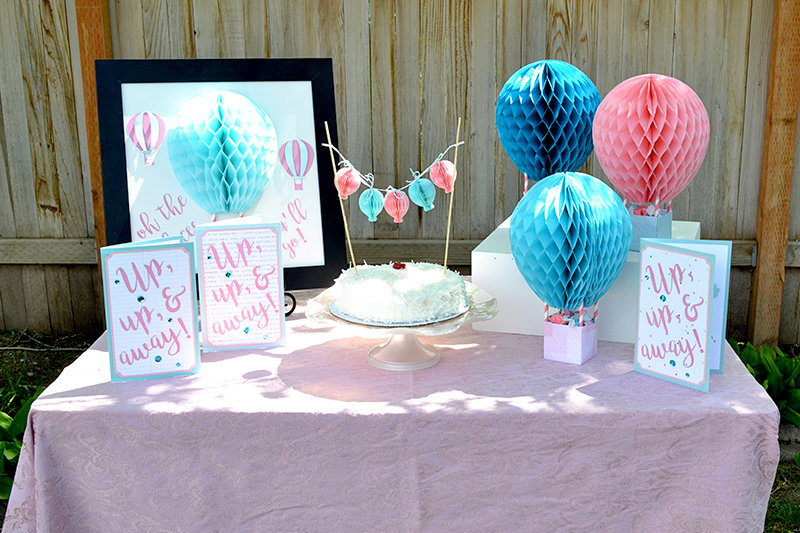 Honeycomb Paper Hot Air Balloon Party Idea