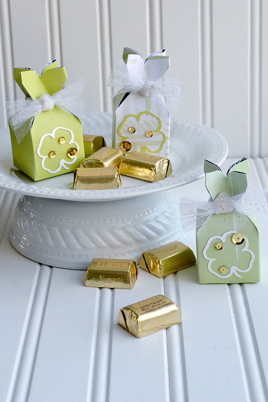 *We R* Lucky Punch Board Treat Boxes
