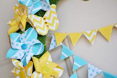 *We R* spring pinwheel wreath