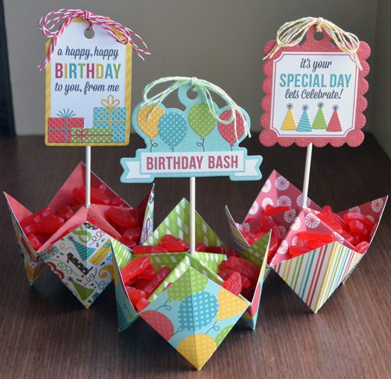 *We R* fortune teller party favors