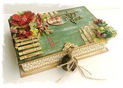 ~Swirlydoos Kit Club~ Christmas Card Holder