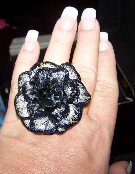 Paper Rose Ring-Black