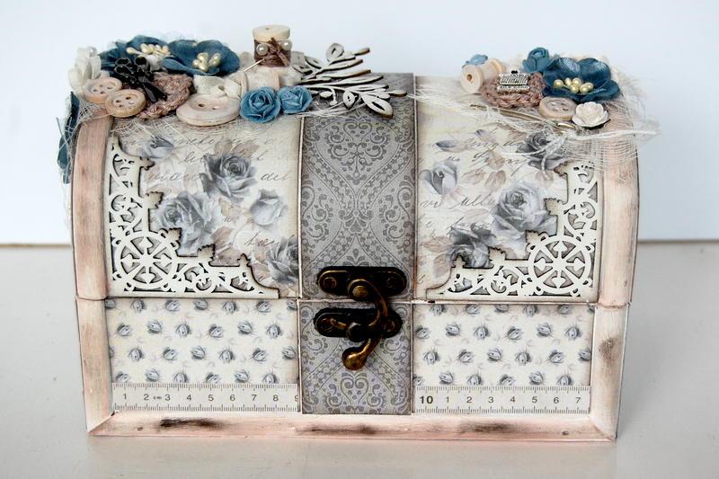 sewing box *Pion Design/Imaginarium Designs