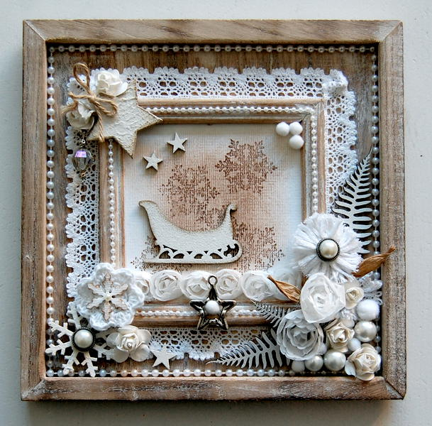 winter frame *Dusty Attic*