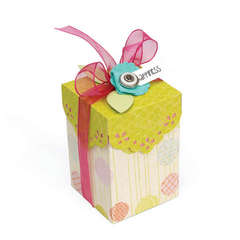 Happiness Gift Box w/Scallop Lid by Deena Ziegler
