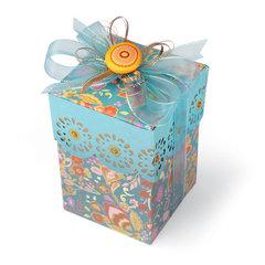 Scalloped Gift Box by Debi Adams