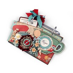 Favorite Recipes Mini Album by Wendy Cuskey