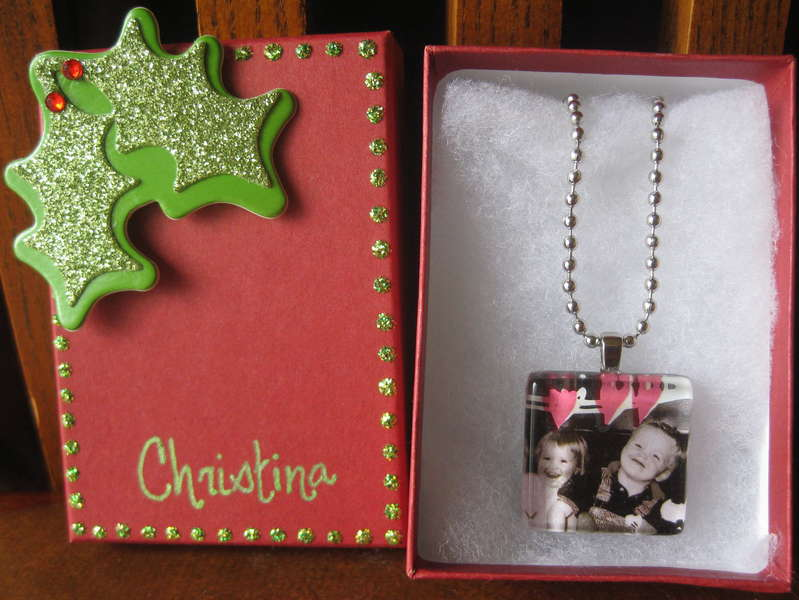 glass tile necklace and giftbox