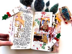 Merry and Bright Traveler's Notebook Layout