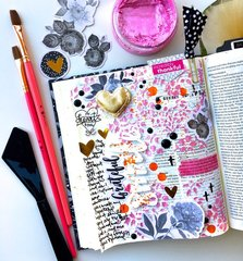 Grateful Smile Journaling Bible Layout