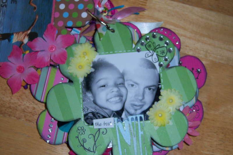 Flower Chipboard Album inside pgs
