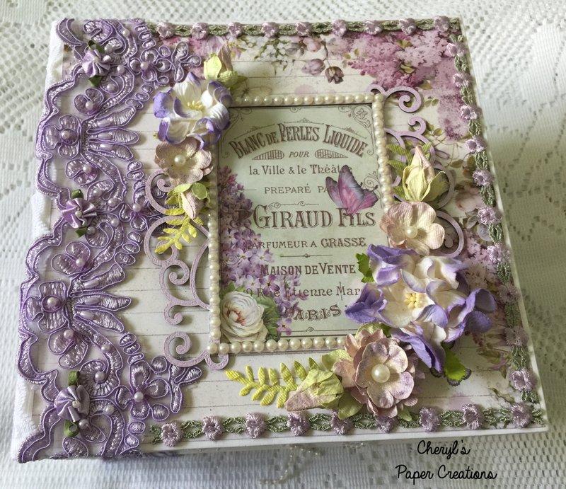 """Stamperia """"Lilac Flowers"""" Mini Album"""