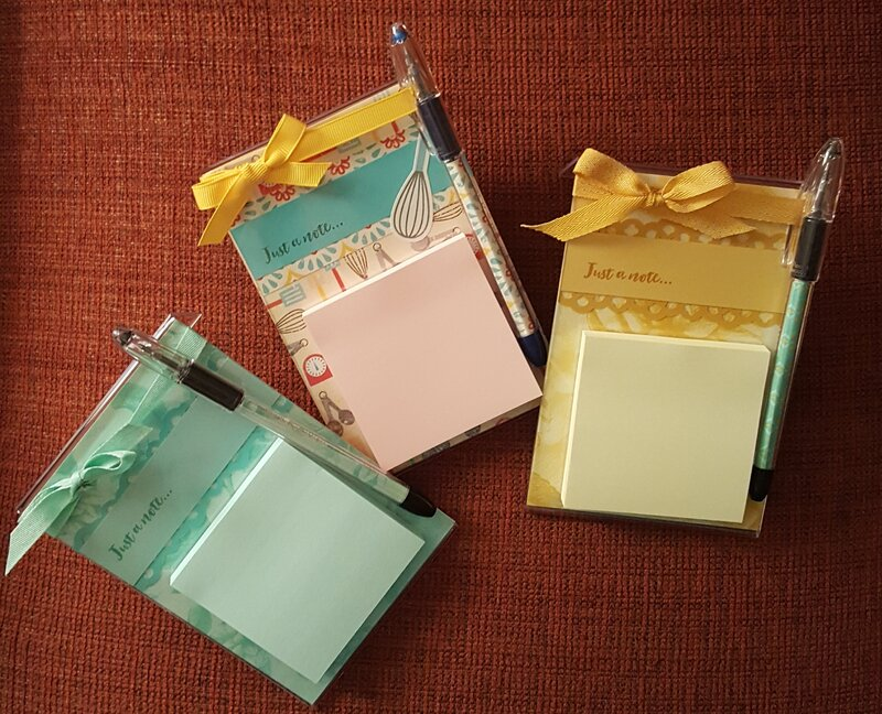 Post-it Note Holder and Matching Pen