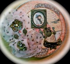 Graphic 45 Film Tin Mini Album
