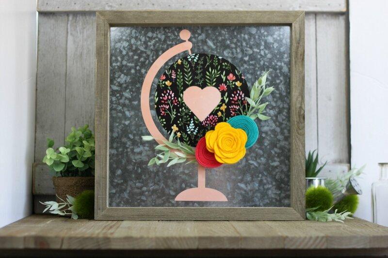 *Jillibean Soup* Floral Globe Galvanized Frame