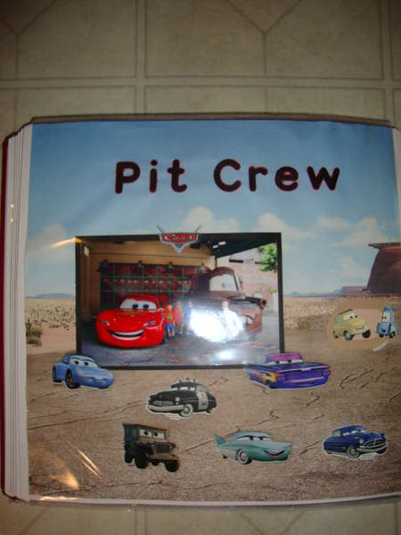 Pit Crew-CARS