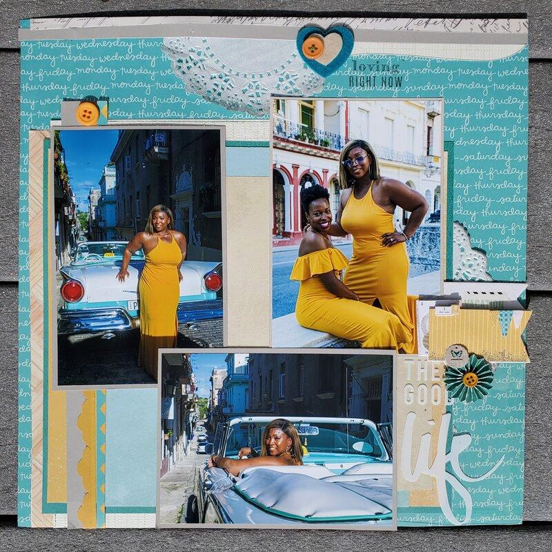 señoras de vestido amarillo